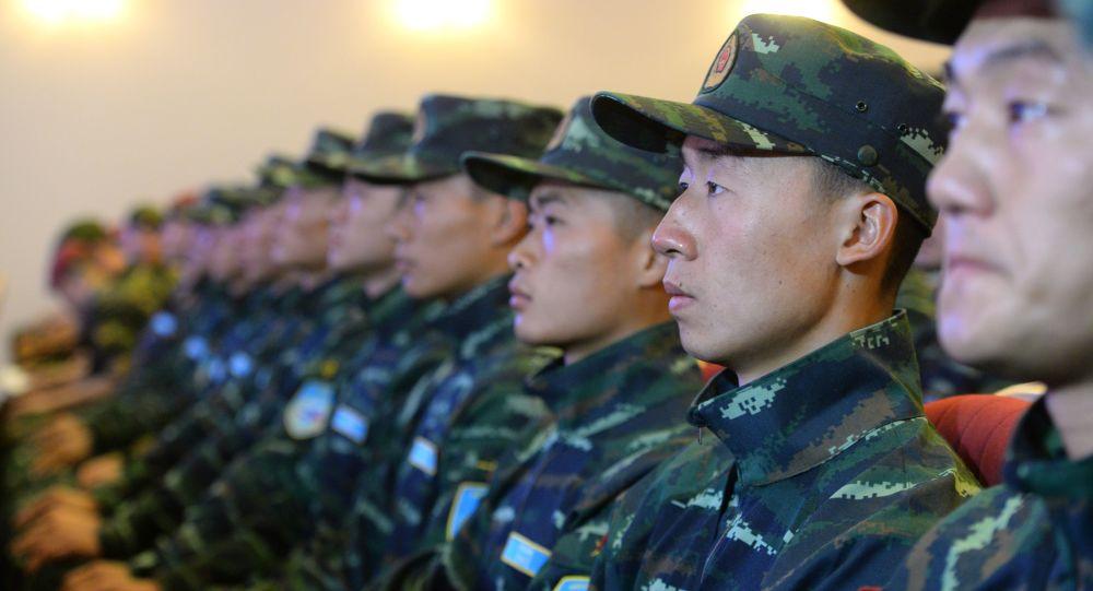 中国武警突击队抵达新西伯利亚与俄国民警卫队进行联合演习