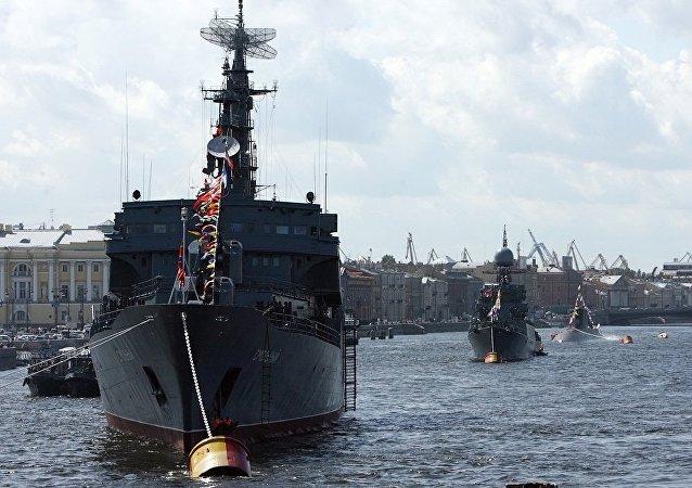 克里姆林宫:普京打算在圣彼得堡出席海军日庆祝活动