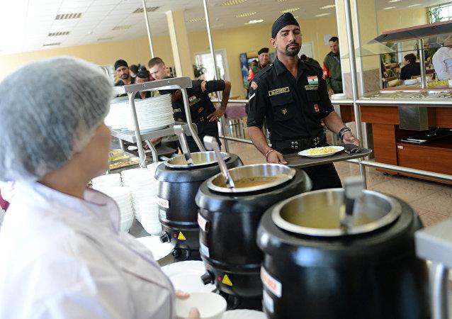 俄国防部:国际军事比赛各国代表队将享用本国饮食