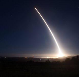 专家:朝鲜发射导弹为的是吸引美国注意
