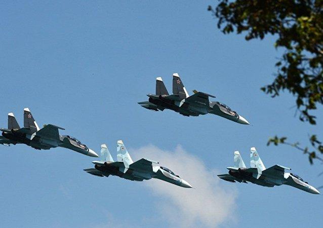 """中方备战""""航空飞镖""""比赛的训练量是俄方的两倍多"""