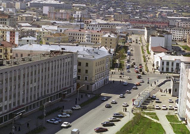 圣彼得堡居民花2.3万元打车到马加丹