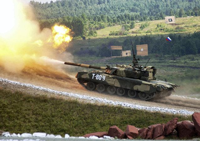 坦克展示火力
