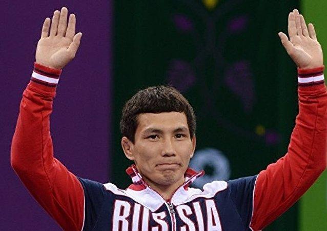 卡济科夫: 列别捷夫获准参加 2016年奥运会