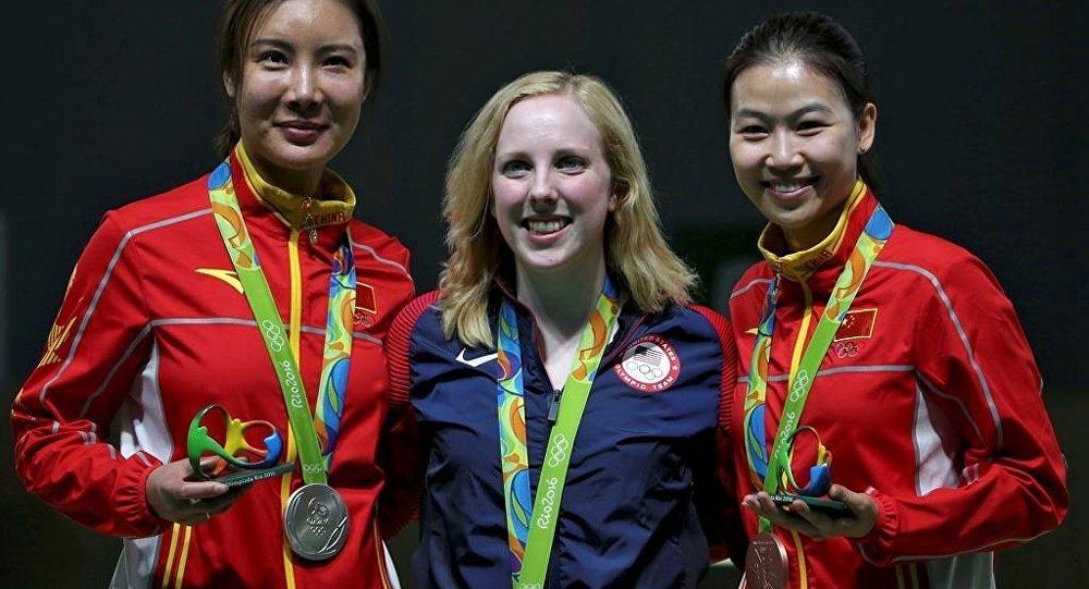 中国运动员杜丽打破气步枪奥运记录
