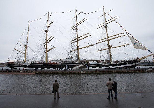 """""""克鲁森施腾号""""帆船"""