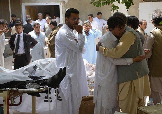 媒体:喀布尔军医院遇袭致3死54伤