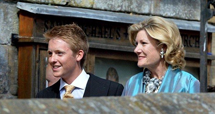 普希金後人成英國最年輕億萬富翁
