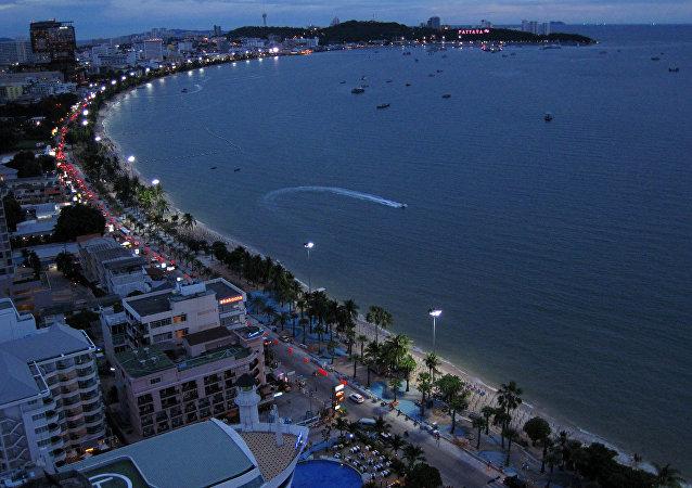 媒体:泰国明年1月起或将向外国游客推行定位SIM卡