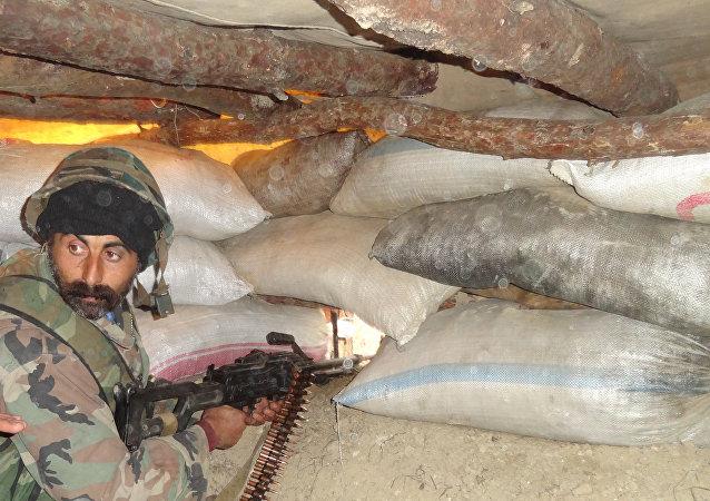 """俄国防部称""""支持阵线""""对叙政府军在阿勒颇的阵地发起大规模进攻"""
