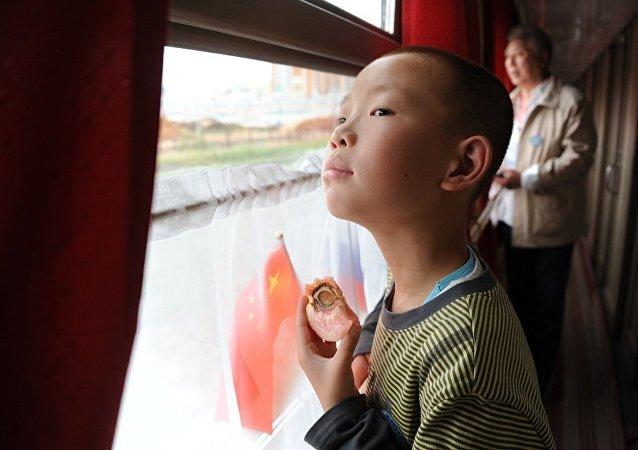 俄中地方部门商讨恢复满洲里至后贝加尔斯克间定期客运列车
