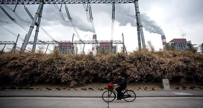中国发改委:2017年中国将继续大力去钢铁与煤炭产能