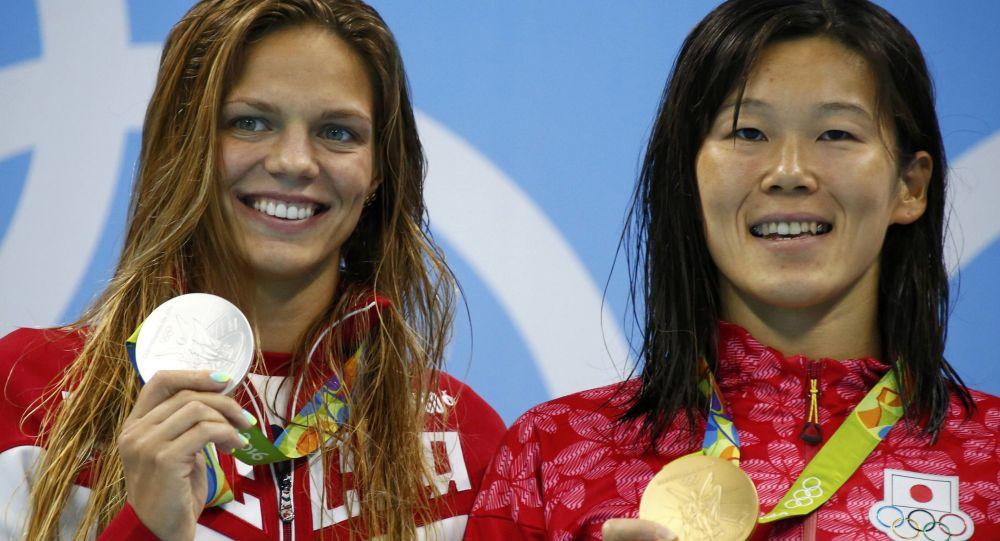 国际奥委会:颁奖期间运动员相互不表示祝贺是不可接受的