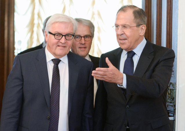 俄罗斯外长赴叶卡捷琳堡与德国外长举行会晤