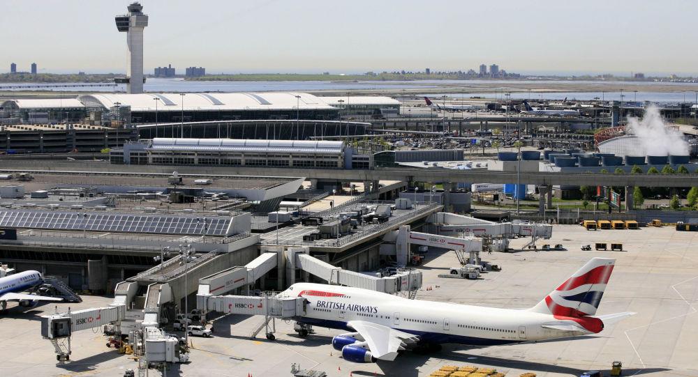 美联航在驱客丑闻背景下宣布10项新措施