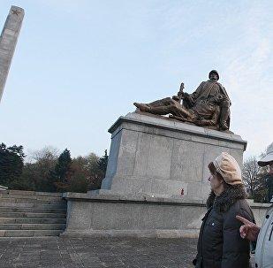 解放华沙的阵亡苏军将士纪念碑