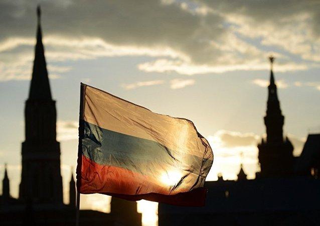 俄破获通过国际邮件走私武器案