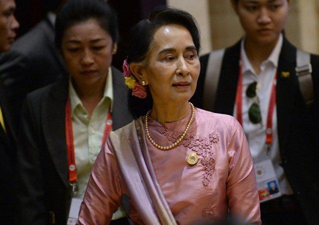 缅甸国务资政昂山素季因身体不适无法在澳大利亚发表演讲