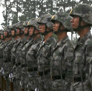 中国军队和武警部队已停止40%有偿服务