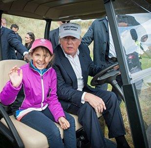 媒體:特朗普高爾夫球俱樂部會員向其索賠600萬美元