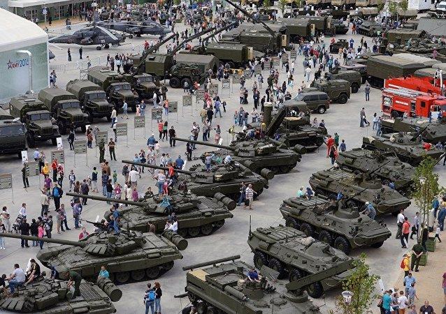 军队-2015年国际军事技术论坛