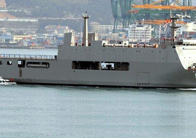 '望加锡'号(KRI Makassar)军舰