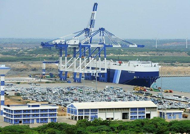 汉班托塔港口