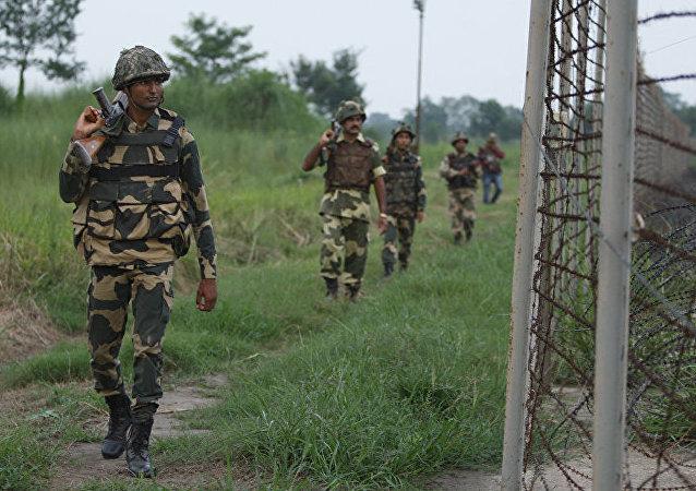 印巴边境局势升级后两国军方通电话