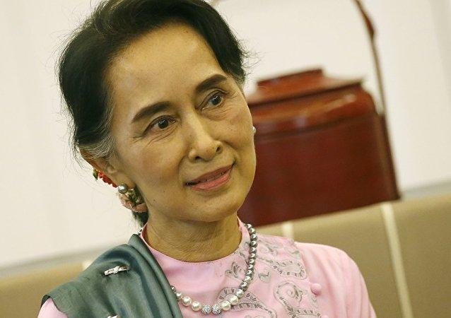 民调:昂山素季受94%缅甸民众的支持