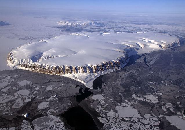 地质学家在地球上发现年龄为40亿年的生命痕迹