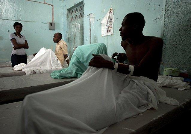 """媒体:飓风""""马修""""致海地死亡人数上升至1000"""