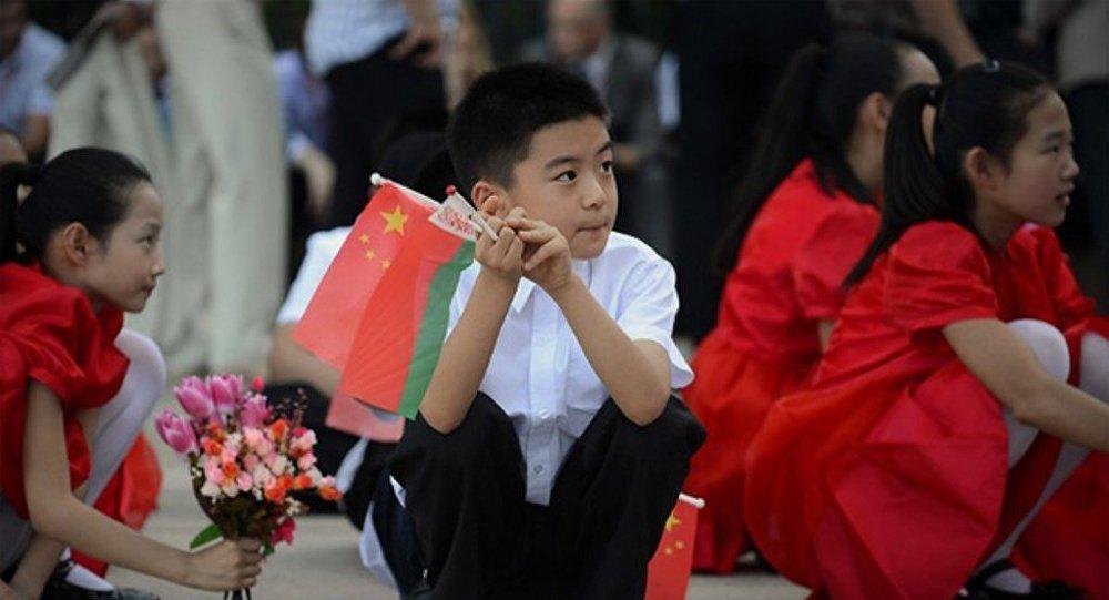 白俄罗斯将向中国公务护照持有者提供免签政策