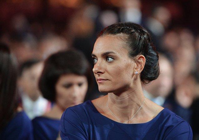 俄罗斯2届奥运会女子撑杆跳冠军伊辛巴耶娃宣布退役