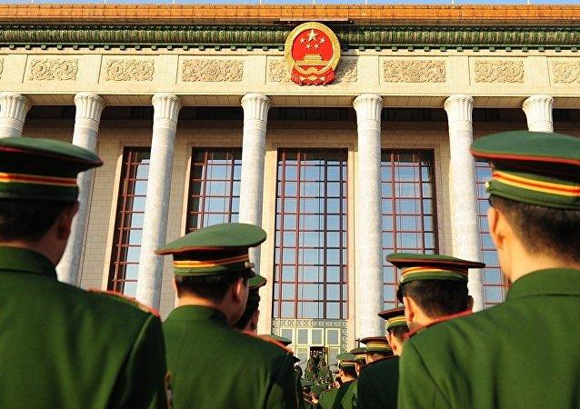 媒体:中国人民解放军少将在升职前夜自杀