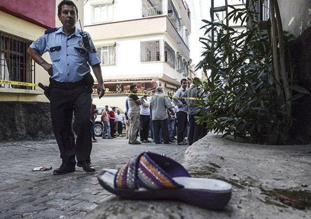 媒体:土耳其加济安泰普爆炸死亡人数涨至50人