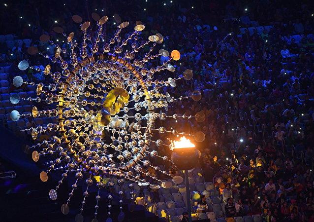 2016年奥运会闭幕式在里约热内卢马拉卡纳体育场开始