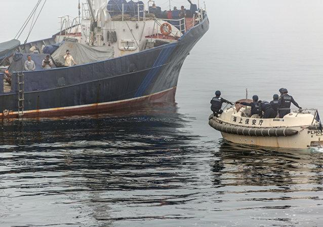 俄船舶在日本海发生倾斜 所有人员被转移