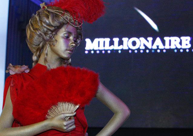 今年头八个月四百名俄罗斯人靠博彩成为百万富翁