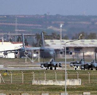 媒体: 丹麦计划从叙利亚召回其飞机