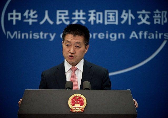 中国外交部:美方不要低估俄罗斯与中国打交道的判断能力