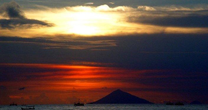 印尼海岸附近发生5.8级地震