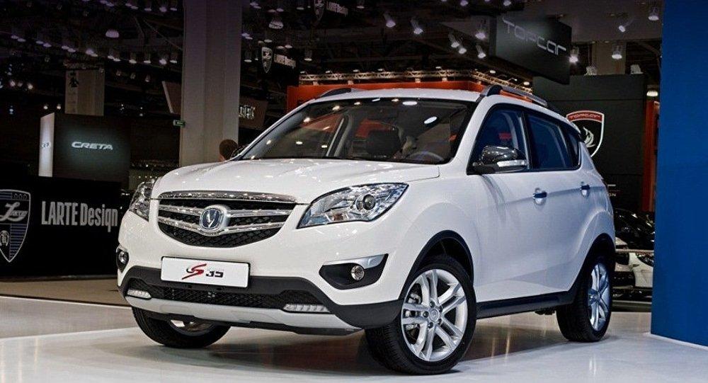 中国长安汽车公司今年9月将在俄批量生产跨界车