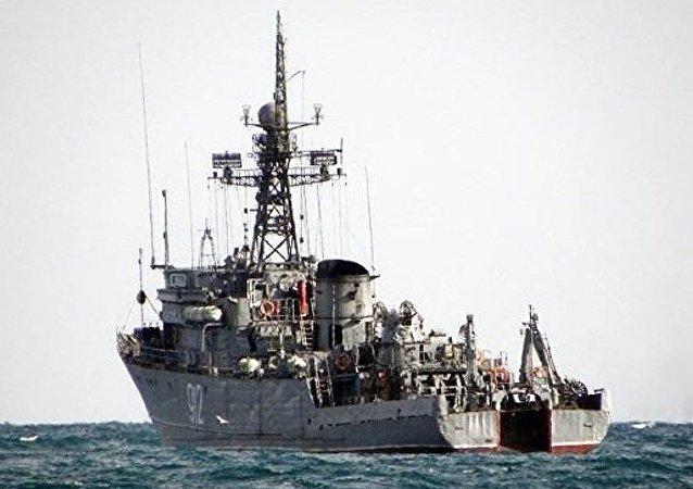 超过25艘俄海军舰艇在突击检查框架下驶入黑海和里海
