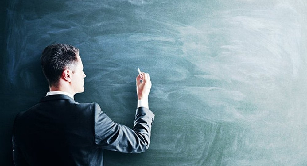 超过40%的俄罗斯人认为教师正失去社会的尊重