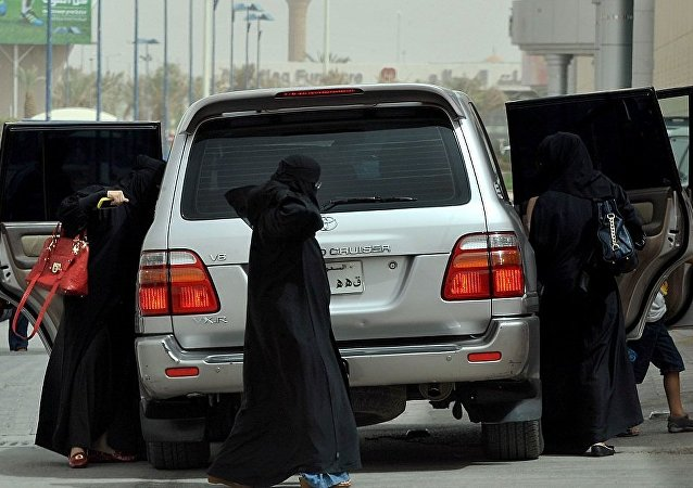 媒体:阿联酋设置女性专用停车场