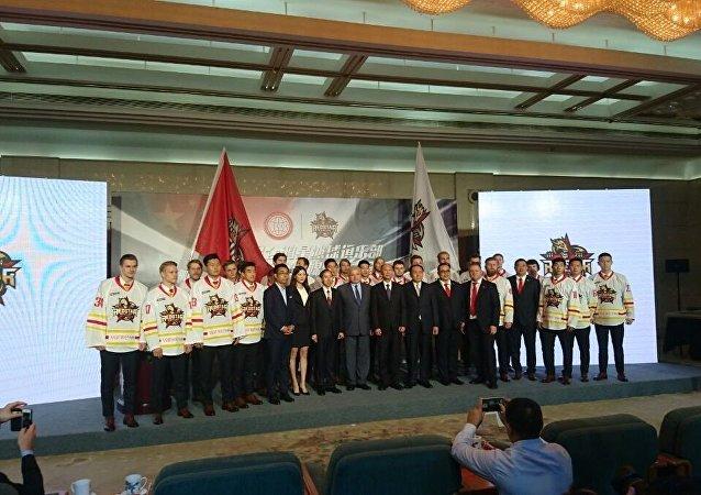 中国昆仑队9-10 月将在上海举行大陆冰球联赛11场主场赛