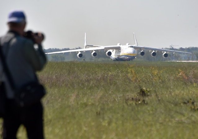 媒体:安-225运输机将改善中国军队的后勤