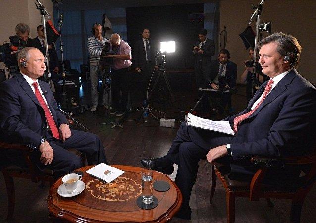 普京:没有人希望核大国关系激化到古巴导弹危机的水平