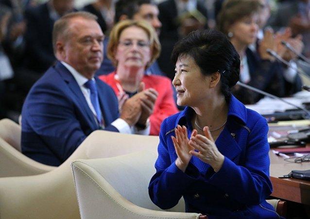 专家:中俄元首先后会晤韩国总统体现两国向前看的精神