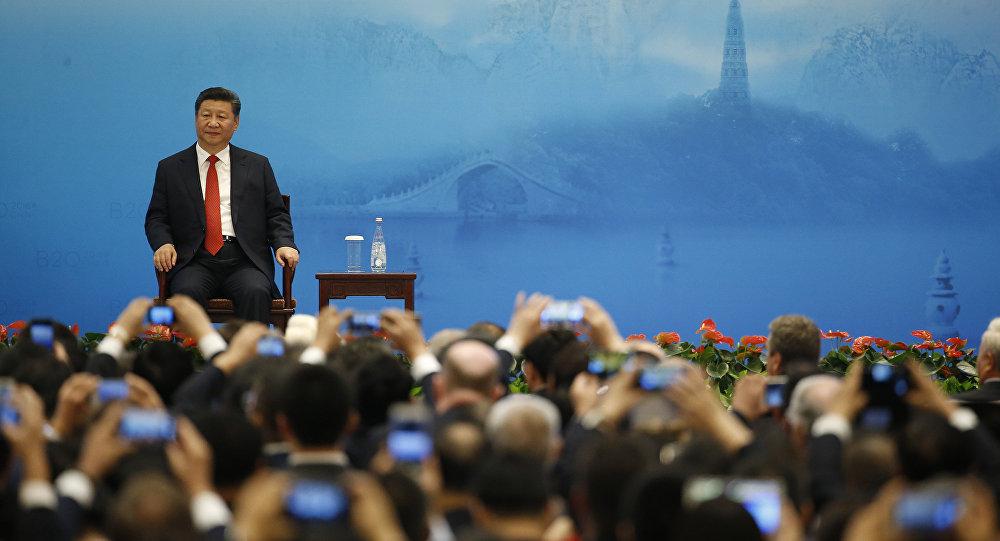 中国国家主席:中国将继续推动人民币走出去